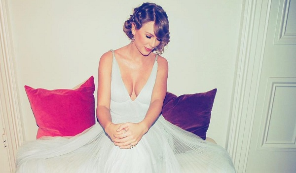 Taylor Swift's Hottest Looks
