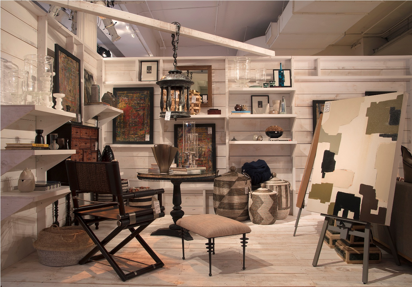 Design on a dime nyc stylish spaces and shopping for a cause for Interior design directory nyc