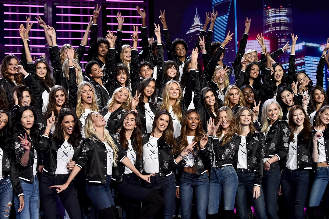 Victoria's Secret Fashion Show 2017 - All Model Appearance At Mercedes-Benz Arena