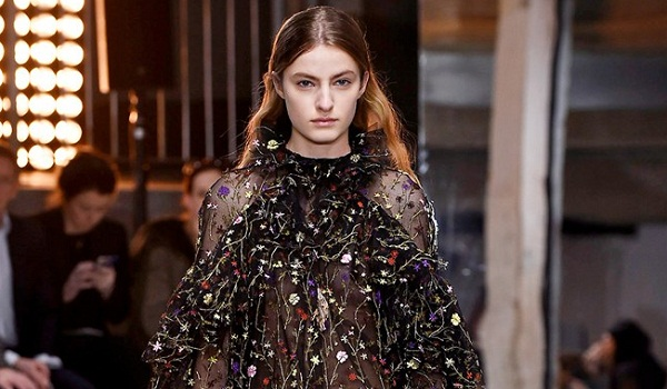 Giambattista Valli Fall Winter 2018 Womenswear