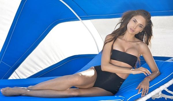 Actress Patricia Contreras Latest Bikini Photos
