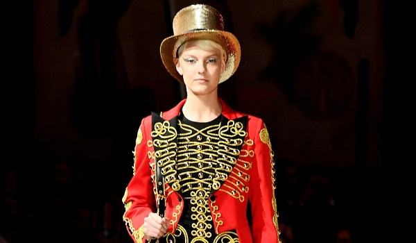 Moschino Resort 2019 Ready to Wear