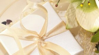 Five Classic Wedding Gift Ideas