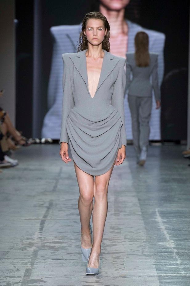 Francesco Murano l'abito indossato da BeyoncC a Milano Moda Graduate