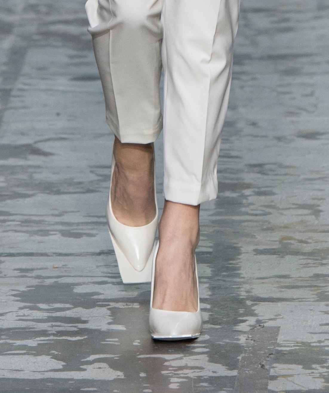 Le scarpe di Murano indossate da BeyoncC dettaglio