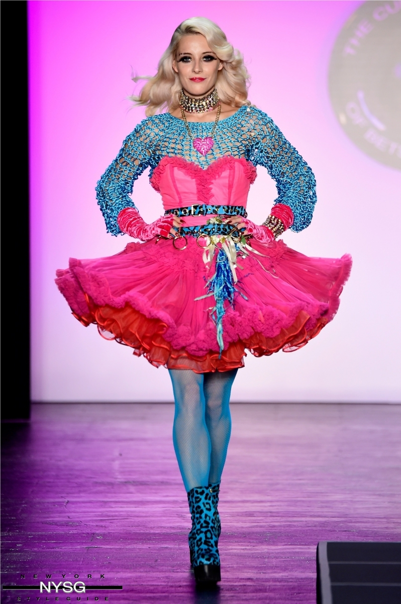 Betsey Johnson Biography Www Topsimages Com