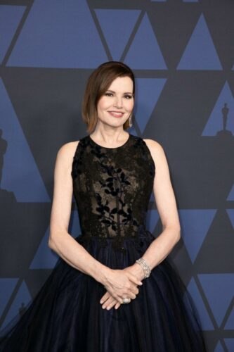 Jean_Hersholt_Humanitarian_Award_recipient_Geena_Davis_attends_the_Academy's_2019_Annual_Governors_Awards
