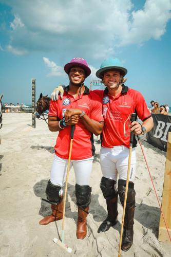 Marlon Humphrey  Gussie Busch at World Polo League Beach Polo 2021 Credit Willy Dade