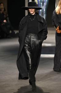 Alberta Ferretti Fall Winter 2018 Runway Show Milan Fashion Week 5