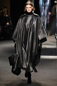 Alberta Ferretti Fall Winter 2018 Runway Show Milan Fashion Week 11