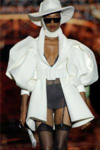 Mercedes Benz Fashion Week Madrid 10 73 5b435933b74e41531140403