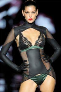 Mercedes Benz Fashion Week Madrid 19 24 5b4358e553cfd1531140325