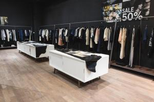 BERENIK BOUTIQUE NYJULY 170020