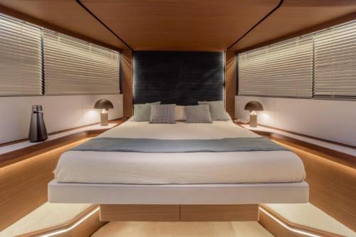 Evo V8 VIP-Cabin