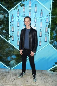 9th ANNUAL BOMBAY SAPPHIRE ARTISAN SERIES FINALE PARTY-3 37
