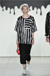 Comme Tu Es by Jia Liu at New York Fashion Week SS2018 Collection 5