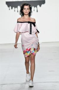 Comme Tu Es by Jia Liu at New York Fashion Week SS2018 Collection 41