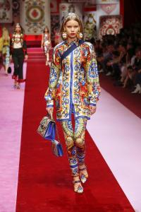 Dolce&Gabbana women's fashion show Spring Summer 2018 runway (101)