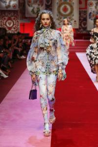 Dolce&Gabbana women's fashion show Spring Summer 2018 runway (15)