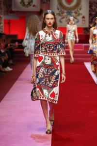 Dolce&Gabbana women's fashion show Spring Summer 2018 runway (18)