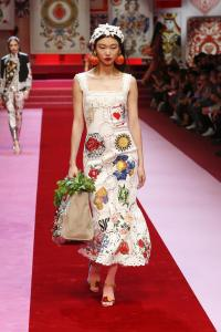 Dolce&Gabbana women's fashion show Spring Summer 2018 runway (32)