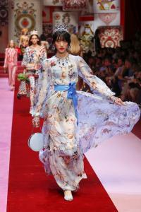 Dolce&Gabbana women's fashion show Spring Summer 2018 runway (43)