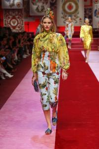 Dolce&Gabbana women's fashion show Spring Summer 2018 runway (99)