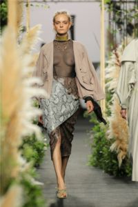 Mercedes Benz Fashion Week Madrid 24 31 5b449622343951531221538