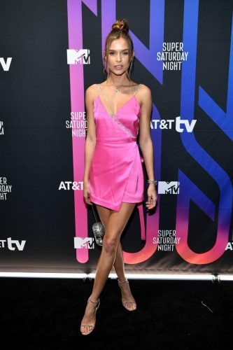 Josephine Skriver attends AT&T TV Super Saturday Night at Meridian at Island Gardens on February 01, 2020 in Miami, Florida.