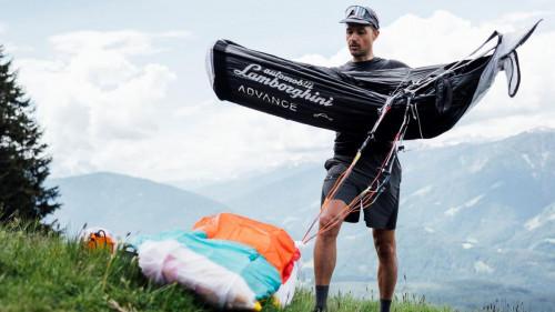 Aaron Durogati prepare to fly