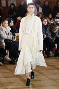 Paris Fashion Week - Lemaire Runway Show Fall Winter 2018 Womenswear 9