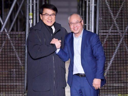 Li Ning Menswear Fall Winter 2020-21 at Paris Fashion Week