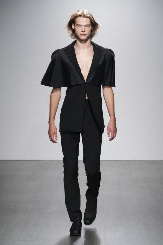 Kaushik Velendra SS21 Menswear Collection - Look 12 - Credit Ph Daniel Sims