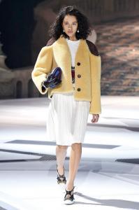 Louis Vuitton 21 0e ale 2402