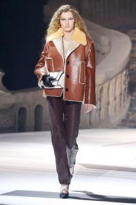 Louis Vuitton 36 00 ale 2575