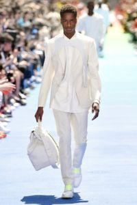 Louis Vuitton 13 62 ale 0969