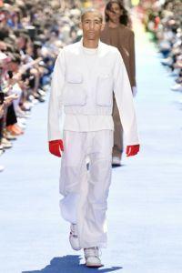 Louis Vuitton 16 67 ale 1017