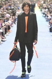 Louis Vuitton 44 4a ale 1330