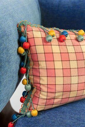 Garnett Pillow