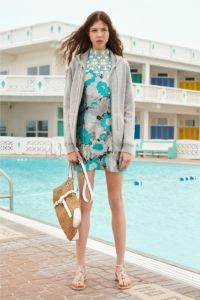 20727D RE19 VR RESORT PRESENTATION LOOK 23