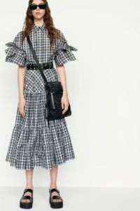 20727D RE19 VR RESORT PRESENTATION LOOK 31