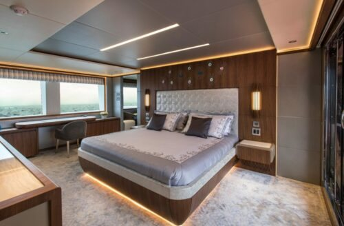 Majesty 140 Crowned as Best Of Show at The 2019 Fort Lauderdale International Boat Show