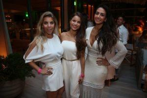 Ana Paula Siebert, Fernanda Dinelli,  Julia Primo1