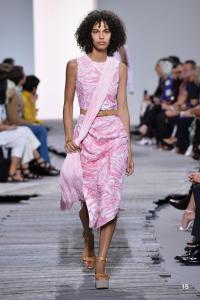 MK SP18 COLLECTION PRESENTATION SHOW LOOK 15