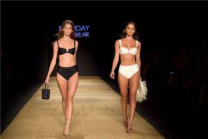 Monday Swimwear 070357
