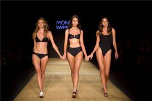 Monday Swimwear 070546