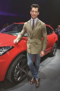 775005948BS057 New Jaguar E.JPG cmyk