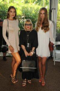 Anya Lesun, Elysze Held,  Diana Fox2