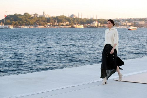 Natalie Kolyozyan Runway Show
