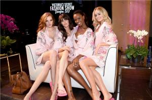 VICTORIA'S SECRET FASHION SHOW- Hair and Makeup Hightail 7